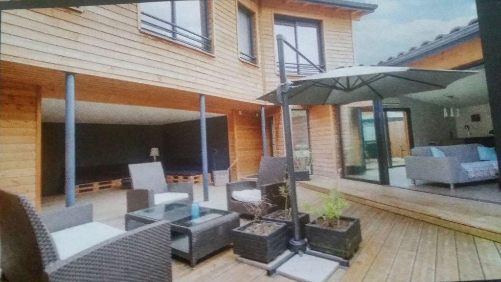 terrasse aménagée et meublée