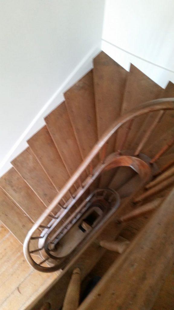 escalier en bois vu d